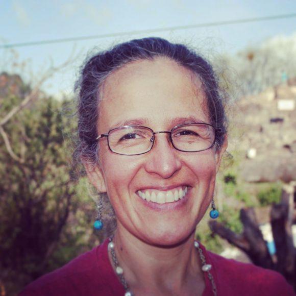"""""""Hay que descolonizar las emociones"""", Yolanda Aguilar, antropóloga y terapeuta feminista de Guatemala."""